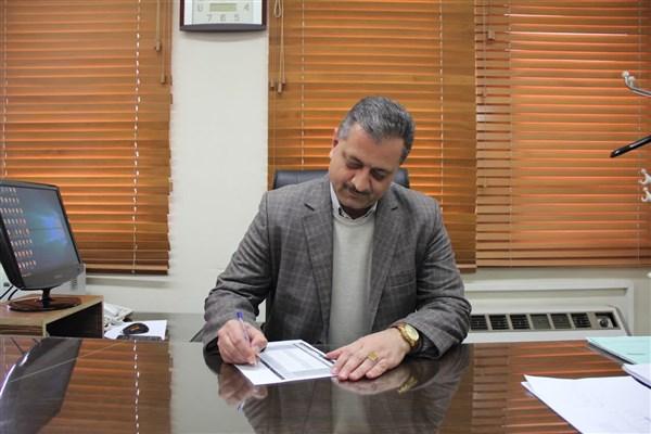 سرپرست موقت دانشگاه آزاد اسلامی استان اصفهان (خوراسگان) با حکمی از سوی دکتر طهرانچی منصوب شد.